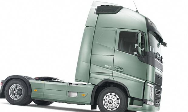 Новый грузовик Вольво
